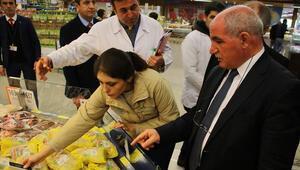 Marketlere şok denetim Gıdalar tek tek incelendi