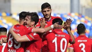 Altınordudan Karabüke yarım düzine gol