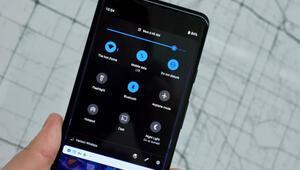 Android Q, telefonların tamamını karartacak