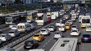 Türkiyede trafiğe kayıtlı araç sayısı 22 milyonu aştı