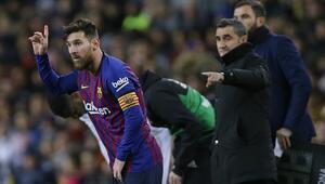 Messi, El Clasicoda oynayacak mı Menajeri açıkladı...