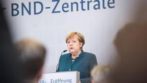 İstihbaratın yeni kalesini Merkel açtı 11 yılda bitti 1.5 milyar Euro harcandı