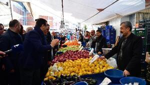 İmamoğlu Zeytinburnunda seçim çalışmalarına katıldı