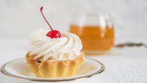 Nefis pastalar için ev yapımı katkısız pasta kreması