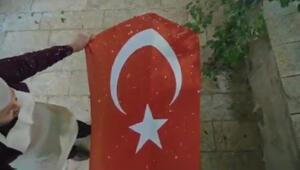 Akif belgeseline Erdoğan şiir okudu