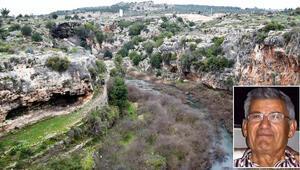 Antalyada kayıp emlak zengini obrukta arandı