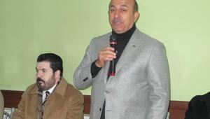 Bakan Çavuşoğlu MHPlilerle esnaf ziyaret etti