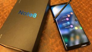 Galaxy Note 8 için Android Pie güncellemesi Türkiyeye geldi