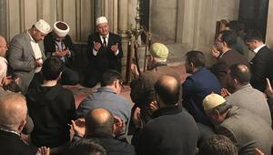 Saldırıda hayatını kaybedenler için Eyüpsultan Camisinde mevlit okutuldu