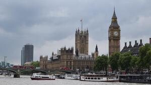 İngiliz Bakandan Müslümanlara saldırı uyarısı
