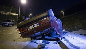Polisten kaçan şüphelilerin otomobili takla attı