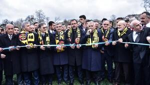 Bakan Kasapoglu ve Binali Yıldırım Beykoz Stadyumunun açılışını yaptı