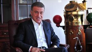 Ahmet Ağaoğlu: Çilekle muzla oyaladılar