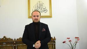 'Müslüman eleştirince siyasal İslamcı olarak damgalanıyor'
