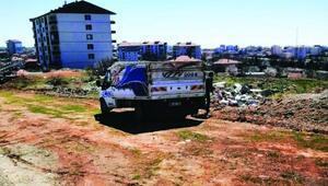Yol kenarına moloz döken sürücüye 259 TL ceza