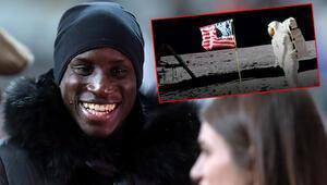 Demba Badan Amerikaya: O bayrak neden dalgalanıyor