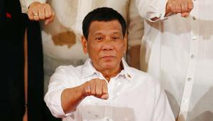 Filipinler Devlet Başkanı Duterteden Çine gözdağı