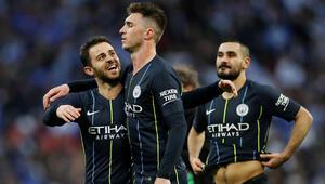 Manchester City kupada finalde
