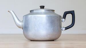 Emektar çaydanlıklarınız ilk günkü gibi olsun: İşte çaydanlık temizlemenin püf noktaları