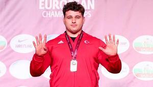 Milli güreşçimiz Rıza Kayaalp, Avrupa şampiyonu oldu