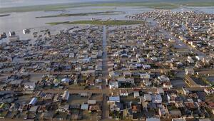 İrandaki sel felaketinde can kaybı 76 oldu