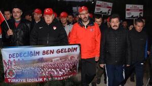 Çanakkalede 8 bin Türk, dedelerinin izinde yürüdü