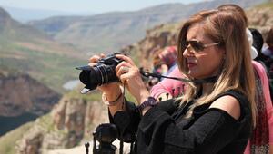 Yerli yabancı turist akın ediyor Fotoğraf çekmek için sıraya giriyorlar...