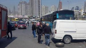 İstanbulda otobüs ile minibüs çarpıştı