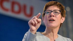 'Bir an önce Merkel'in koltuğuna mı oturmak istiyor' sorusuna yanıt verdi