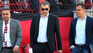 Comolli Karagümrük - Şanlıurfaspor maçını izledi