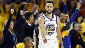 Curryden 36 sayı, Warriors seride 1-0 öne geçti