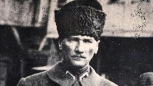 Atatürk ve arkadaşları bugün bizimle Türkiye'ye baksalardı 'Bardağın  yarısı dolu, devam' derlerdi