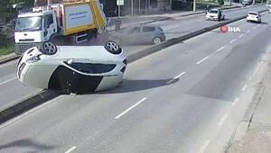 Lüks araç otomobile çarpıp karşı şeride böyle uçtu