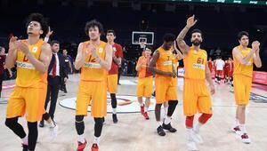 Galatasaray, çeyrek final serisinde 1-0 öne geçti