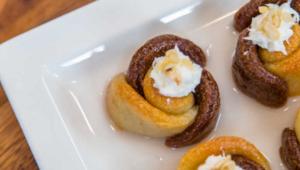 Gül tatlısı nasıl yapılır Ardanın Mutfağı çift renkli gül tatlısı tarifi