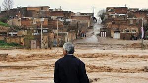 İranda şiddetli yağış ve yıldırım 22 can aldı