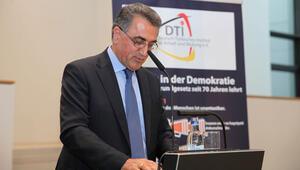 DTI'nin Alman anayasasının 70. yılı kutlamaları iftarla bitti