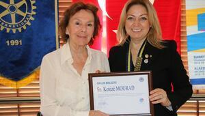 Göztepe Rotary Kulübü Kenize Mouradı ağırladı