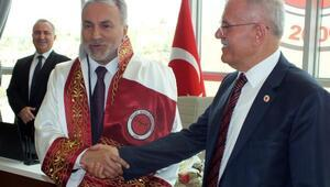 Bozok Üniversitesinde devir teslim töreni