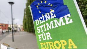 Almanya'da bir ilk: Yeşiller ülkenin en büyük partisi
