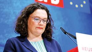 SPD lideri Nahles istifa kararı aldı