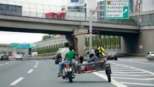 Sepetli motosikletle TEMde tehlikeli yolculuk