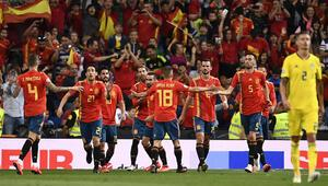 İspanya, ikinci yarıda açıldı