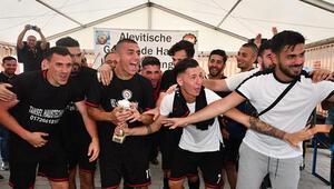 Hessen AABF 14. Futbol Turnuvası'nın şampiyonu Hanau AKM
