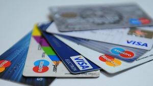 Resmi Gazetede yayımlandı Kredi kartıyla alışveriş yapanlar dikkat