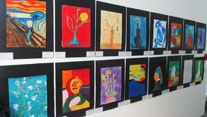 Dünyaca ünlü ressamları büyük ozanlarla buluşturan sergi, Hürriyet Avrupa tesislerinde açıldı