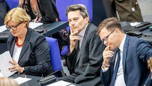 SPD: Büyük koalisyon 2021'e kadar iktidarda