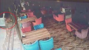 Ankarada EGO otobüsü kafeye girdi: 3 yaralı