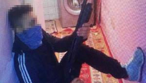 Ataşehirde cezaevi firarisi elindeki bıçakla yakalandı