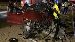 Maltepede otomobil direğe çarptı: biri ağır, 2 yaralı